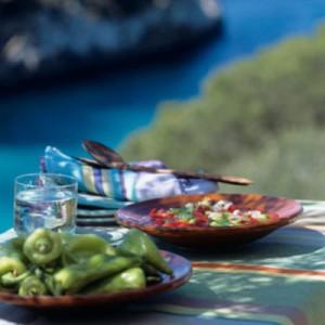 Mediterranean Diet versus Alzheimer's Disease